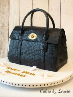 Mulberry 'Bayswater Satchell' - cake by Louise Jackson - CakesDecor