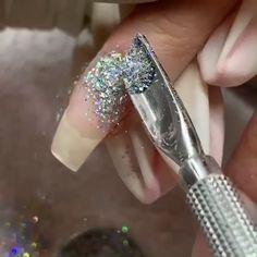 Mention a glitter addict 💎💎😍 Credits IG: New Year's Nails, Diy Nails, Hair And Nails, Manicure, Sparkle Nails, Glitter Nail Art, Holiday Nails, Christmas Nails, October Nails