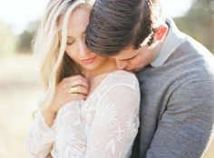 Subtle texture or pattern Country Engagement, Engagement Couple, Engagement Pictures, Engagement Session, Engagements, Couple Photography, Engagement Photography, Photography Poses, Wedding Photography