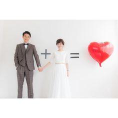 100均でも買える*可愛い≪ハートバルーン≫を使ったウェディングフォトのポーズまとめ   marry[マリー]