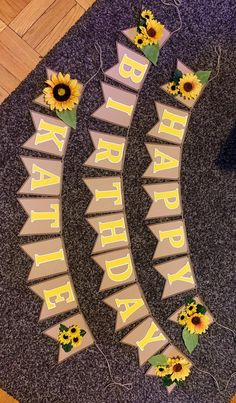 New birthday party ideas theme etsy Ideas Sunflower Party Themes, Sunflower Birthday Parties, 18th Birthday Party, Girl First Birthday, Sunflower Decorations, 18 Birthday Party Themes, Sunflower Cupcakes, Diy Birthday Banner, Birthday Message