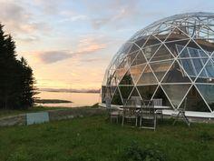 naturhuset - Vi har bygget et Naturhus og en selvforsynende hage på Sandhornøya…