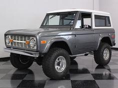 Vintage Trucks Classic 1970 Ford Bronco in Liquid Platinum Classic Bronco, Classic Ford Broncos, Ford Classic Cars, Classic Chevy Trucks, Ford 4x4, Lifted Ford, Lifted Trucks, Pickup Trucks, Jeep Pickup