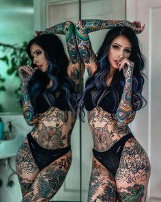 Tattoed Women, Tattoed Girls, Inked Girls, Hot Goth Girls, Gothic Girls, Hot Tattoos, Girl Tattoos, Tatoos, Mujeres Tattoo