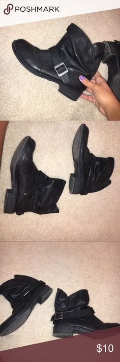 Black short buckle boot shoes Black short ankle booties with a buckle, only works twice size 9 Shoes Ankle Boots & Booties