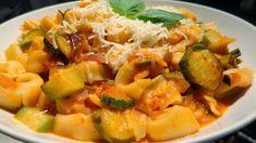 Τορτελίνια με κολοκυθάκια.!! ~ ΜΑΓΕΙΡΙΚΗ ΚΑΙ ΣΥΝΤΑΓΕΣ 2 Potato Salad, Macaroni And Cheese, Potatoes, Chicken, Meat, Ethnic Recipes, Food, Mac And Cheese, Potato