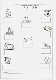 Resultado de imagem para sugestões de atividades para trabalhar o nome na educação infantil Preschool Writing, Preschool Activities, I Love Being Alone, Writing Folders, Spanish Classroom, Winter Kids, Worksheets For Kids, First Grade, Learn English