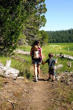 Do you like to hike alone, or with family and friends? #hiking #nature