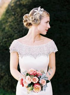 Pin Curled Bridal Updo Photography: Victoria Phipps - www.victoriaphippsphotography.co.uk