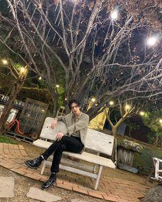 ________________________________ Hwang Hyunjin, un grand mannequin t… # Fanfiction # amreading # books # wattpad K Pop, Stray Kids Chan, World 2020, Fandom, Lee Know, Lee Min Ho, Boyfriend Material, K Idols, Korean Boy Bands
