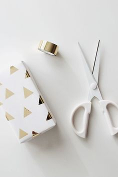 Packaging and Branding - DIY washi tape gift wrapping