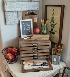 How To Use Canvas Drop Cloths as Slip Covers (No Sewing Required! Chalk Paint Mason Jars, Painted Mason Jars, Printable Letters, Free Printable, Canvas Drop Cloths, Free Stencils, Entertainment Center Decor, Decorating Blogs, Fall Decorating