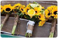 Google Image Result for http://trendybride.net/blog/wp-content/uploads/2011/11/sunflower-bridesmaid-bouquets.jpg
