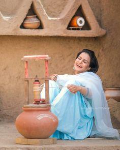 #kitchendesignpakistan Punjab Culture, Pakistan Art, Mud House, Romantic Escapes, Indian Village, Indian Furniture, Rooftop Garden, Home Room Design, Kitchen Design
