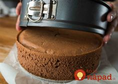 Finally I found a recipe for the perfect cake sponge: Without a gram of flour and taste .- Konečně jsem našla recept na dokonalý piškot na dort: Bez gramu mouky a chu… Finally I found the recipe for the perfect sponge cake … - Hungarian Desserts, Hungarian Recipes, Sweet Desserts, Sweet Recipes, Delicious Desserts, Creative Kitchen, Cookie Recipes, Dessert Recipes, Chocolate Biscuits
