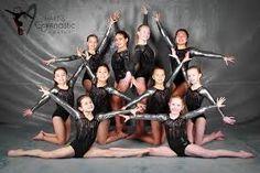 Gymnastics Academy, Gymnastics Coaching, Gymnastics Pictures, Gymnastics Girls, Dance Photography Poses, Gymnastics Photography, Dance Poses, Team Pictures, Poses For Pictures