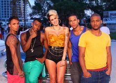 JLS – She Makes Me Wanna | The Jukepop