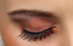 Golden brown eye look
