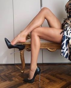 Just a Bit Taller Hot Heels, Sexy Legs And Heels, Sexy High Heels, Beautiful High Heels, Gorgeous Feet, Pantyhose Heels, Stockings Legs, Stockings Lingerie, Louboutin