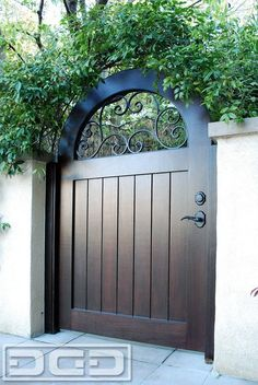 mediterranean style homes exterior Wooden Garden Gate, Wooden Gates, Garden Doors, Metal Gates, Iron Garden Gates, Wrought Iron Gates, Side Gates, Front Gates, Entrance Gates