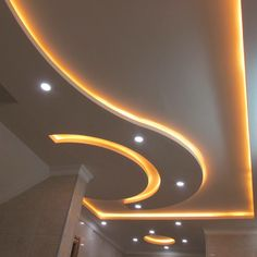 Find out our best ceiling designs. Best False Ceiling Designs, Simple False Ceiling Design, Gypsum Ceiling Design, Interior Ceiling Design, House Ceiling Design, Ceiling Design Living Room, False Ceiling Living Room, Bedroom False Ceiling Design, Ceiling Light Design