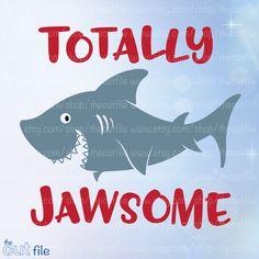 Ideas For Design Tshirt Kids Fun Beach Kids, Ocean Beach, Beach Shirts, Kids Shirts, Shark Shirt, Ocean Themes, Vinyl Shirts, Silhouette Cameo Projects, Printable Designs
