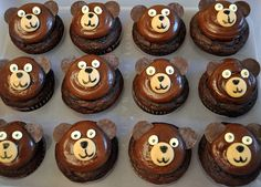 Brown Bear cupcakes, via Flickr.