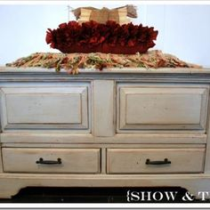 How to Glaze Furniture {furniture painting}