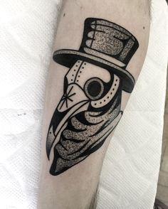 Plague mask by Macarena Sepulveda (@ miedoalvacio) #blackwork #blacktattoo #blackworkers #blackworkerssubmission #tttism #tttpublishing #oldlines #topclasstattooing #tattoodo #btattooing #blacktattooing #blacktraditionals #blacktattooart #wtt #blxckink #boldtattoos #onlythedarkest