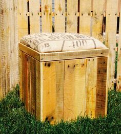 Reclaimed Wood Storage Ottoman with Padded Burlap Top by FAS Projects on Scoutmob Shoppe Wood Pallet Furniture, Rustic Furniture, Wood Pallets, Diy Furniture, Furniture Storage, Pallet Wood, Ottoman Storage Bed, Ottoman Decor, Diy Ottoman