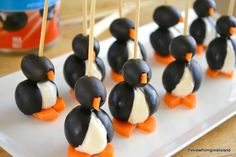 Liven up your next gathering with some real party animals! These delicious olive cocktail penguins and radish mice are too cute for words! Birthday Party Snacks, Snacks Für Party, Birthday Table, Party Dips, Birthday Recipes, Party Party, Happy Birthday, Holiday Appetizers, Appetizer Recipes