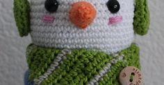 Patroon Dekselse Sneeuwman       Ik kwam bij de IKEA marshmallows tegen in de vorm van sneeuwpopjes. Daar moet natuurlijk een Deksels potje... Marshmallow, Cupcake, Creativity, Crochet Hats, Beanie, Winter, Xmas, Snowman Ornaments, Marshmallows