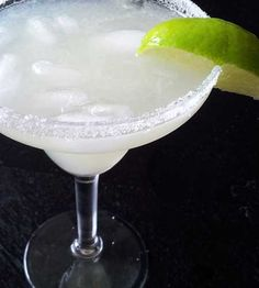 How to Make the Best Margaritas for Cinco de Mayo