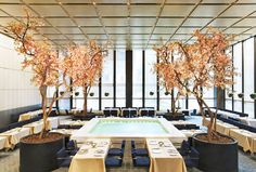 The original The Four Seasons restaurant in Mies van der Rohe's Seagram Building was one of the last complete Modernist spaces in Manhattan. Much of its Philip Johnson-designed interior is being auctioned off this month Philip Johnson, Restaurants In Nyc, Seasons Restaurant, Restaurant Design, Cafe Restaurant, Luxury Restaurant, Modern Restaurant, Restaurant Interiors, Restaurant Furniture