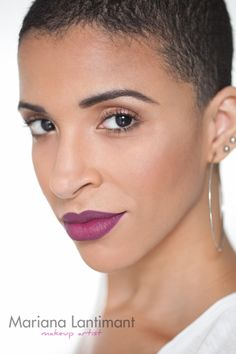 Plum Purple Lips Makeup #woc #purple #purplelips #purplelipstick #plum #lipstick #plumlips #plumlipstick #macrebel #mac #rebel #womenofcolor #women #of #color #maquiagem #negra #batom #roxo #olhos #esfumados #boca #tudo
