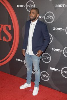 Kyrie-Irving-wearing-RtA-distressed-denim-jeans-light-blue-Ask-Allen