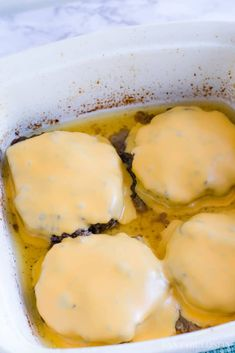 Oven-baked hamburgers - so easy, juicy and there's a trick! Baked Steak Recipes, Hamburger Recipes, Oven Recipes, Ground Beef Recipes, Meat Recipes, Cooking Recipes, Vegetarian Cooking, Vegetarian Barbecue, Barbecue Recipes