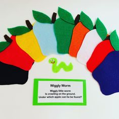 Wiggly Worm Hide and Seek Flannel Board Story by PlayToLearnWithFelt on Etsy Flannel Board Stories, Felt Board Stories, Felt Stories, Flannel Boards, Circle Time Songs, Circle Time Activities, Toddler Activities, Sequencing Activities, Learning Activities