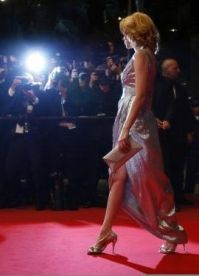 We are now seeking brands to participate in celebrity product placement opportunities during Cannes International Film Festival, in Cannes – France, May 2014. Contact us now to receive more information on how Cloud 21 has helped brands with celebrity and influencer placement. http://www.cloud21.com/2/cannes-film-festival-2014-celebrity-gifting Festival De Cannes