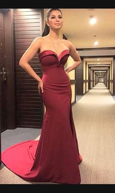 Angel Locsin Filipina actress she look stunning. Angel Locsin, Filipina Actress, Formal Gowns, Fashion Beauty, Women's Fashion, Nice Dresses, Beautiful People, Celebs, Celebrities