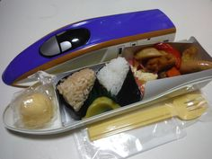Bullet Train E7 Bento / Tokyo Station There are various different bullet train shaped bento sold throughout Japan and this one is E7. It is sold for 1,300 yen. The container can be used later as your own special bento box.  #Ekiben Japan