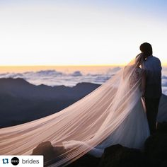 great vancouver wedding ✨ Fantasy Moments ✨ #Dreamwedding #Repost @brides with @repostapp. ・・・ This bride and groom really are on top of the world  @disneyweddings #Weddingwire #weddingideas #weddingplanning #calgaryweddings #banffweddings #winterwedding #weddingwirecanada #weddingdress #torontowedding #yyc #sunset by @cameron_schelhorn  #vancouverwedding #vancouverweddingdress #vancouverwedding