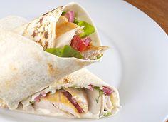 Wrap de frango com cream cheese - Receitas - GNT
