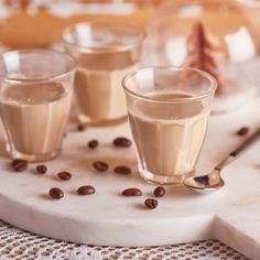 Glass Of Milk, Panna Cotta, Cooking Recipes, Homemade, Drinks, Ethnic Recipes, Liqueurs, Minden, Smoothie