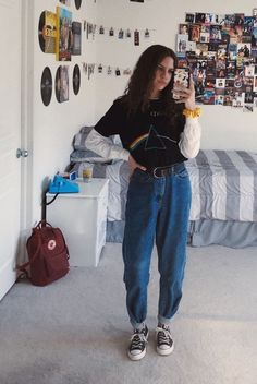 Cute Vintage Outfits, Cool Outfits, Fashion Outfits, Retro Outfits, 80s Fashion, Fashion Mode, Trendy Outfits, Korean Fashion, Fashion Trends