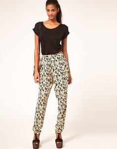 Fun ikat pants! Want these for #nyfw