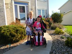 Bella's 1st day of school with her twin brother, Ben!