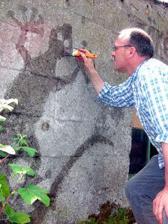 Европу захлёстывает новая волна граффити. Для этого вида рисунков вам не потребуются аэрозольные баллончики и респераторы