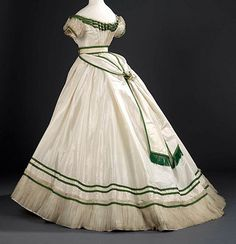 Worth - Robe de Soirée -1867
