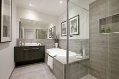 London 24 Bathroom - New York World of Style
